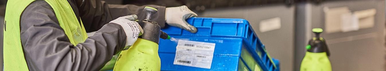 przemysłowe mycie pojemników